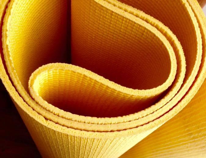 PV Yoga mat crop