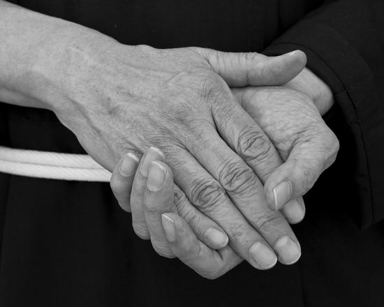 hands-1246119